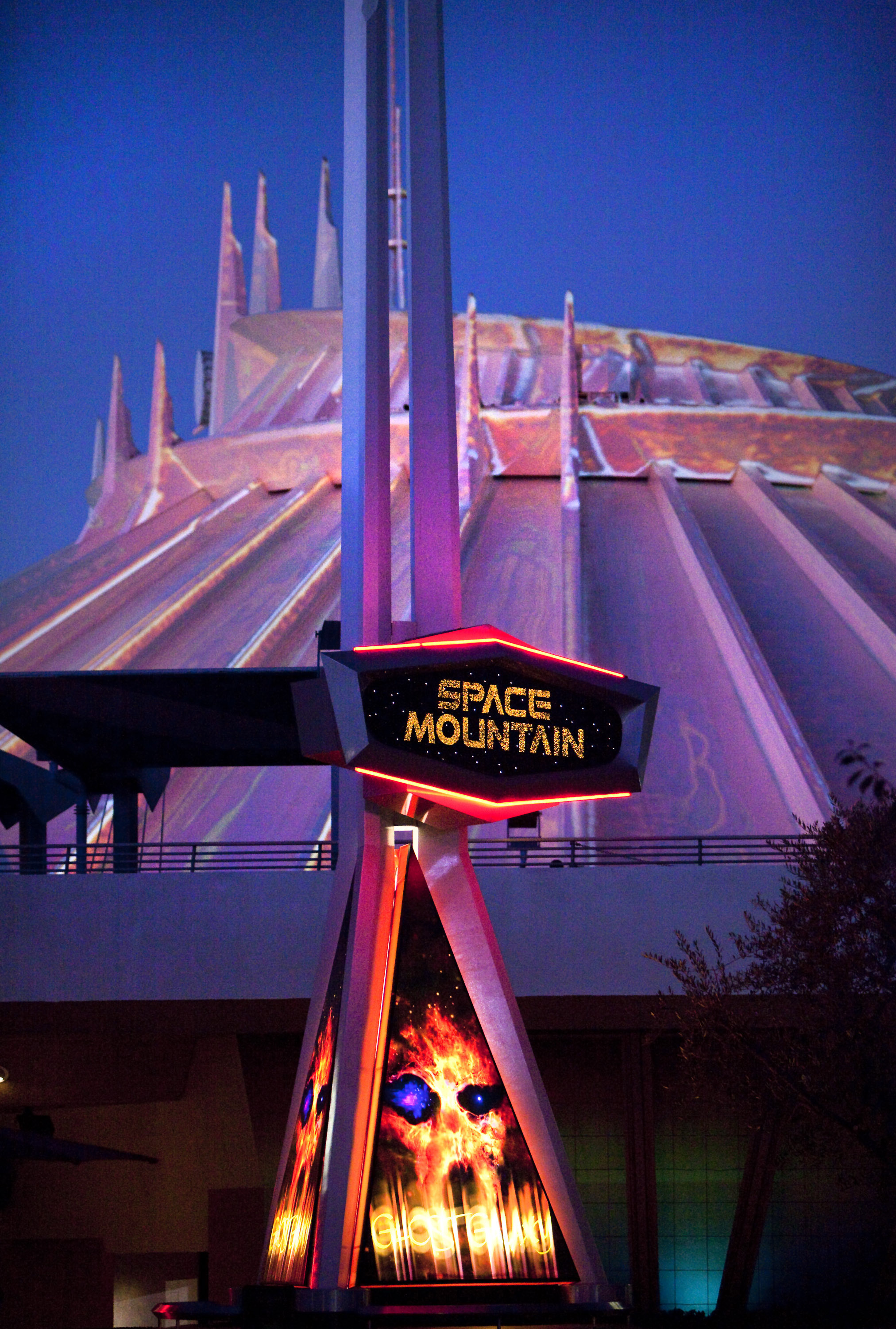 space mountain ghost galaxy - 607×900